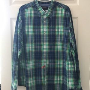 American Eagle Long Sleeve Casual Button Down ✌️